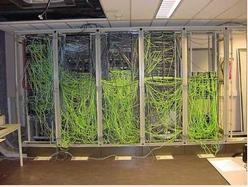Un cablejat de xarxa com cal.